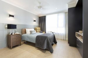 EN9 King Single Alrick bed in Kensington design in natural walnut
